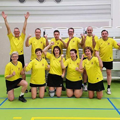 Korfbalfitters scoren in Koog aan de Zaan